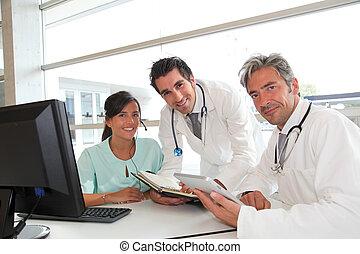 medicinsk, folk, møde, ind, hospitalet, kontor
