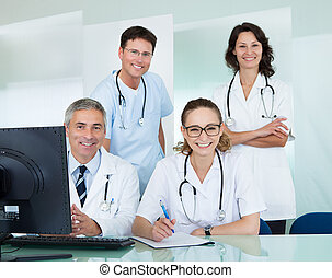 medicinsk hold, poser, ind, en, kontor