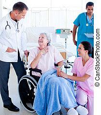 medicinsk hold, tales, hos, en, patient