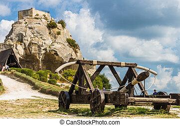 Medieval trebuchet at Chateau Des Baux de Provence, France