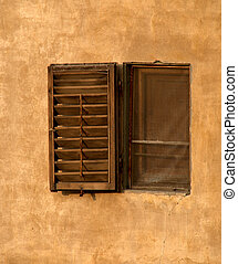 Medieval window in Pitti Palace, Fl