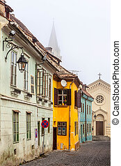 medievale, strada, vista, in, sighisoara, transylvania, fondato, saxon, colonists, in, xiii, century., romania, punto di riferimento