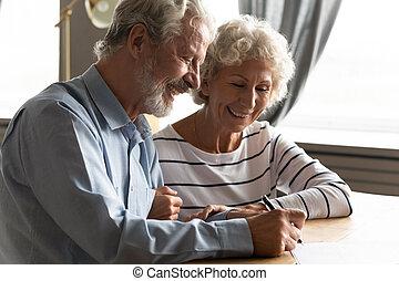 medisch, senior, overeenkomst, ondertekening, verzekering, paar, aankoop, tevreden, gezondheid