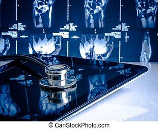 medisch, stethoscope, op, moderne, digitaal tablet, in, laboratorium, op, röntgenbeelden, achtergrond