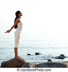 meditatie, op, zand strand