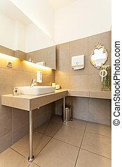 Mediterranean interior - washbasin