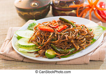 mee goreng mamak, popular cusine in malaysia