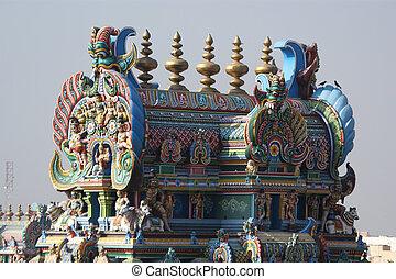 Meenakshi hindu temple in Madurai, Tamil Nadu, South India....