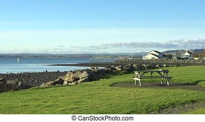 meer, von, irland, in, strangford, lough, landschaftsbild,...