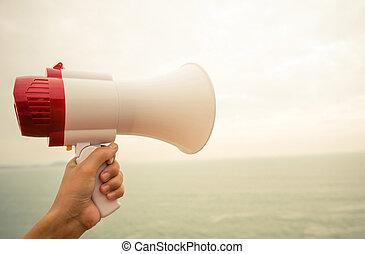 megafon, hålla, hand, kust