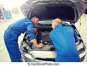 megjavítás, autó, férfiak, műhely, ficam, szerelő
