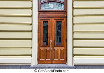 megkövez, house., ajtók