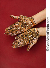 Mehandi - beautifully decorated indian hands with mehandi...