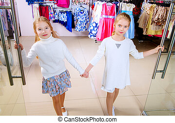 meiden, shoppen , twee