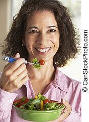 meio, comer mulher, envelhecido, salada