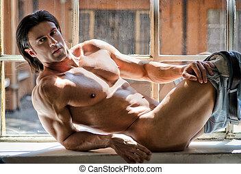 meio nu, atraente, homem jovem, com, muscular, corporal