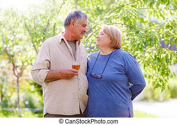 meio, par, envelhecido, casado
