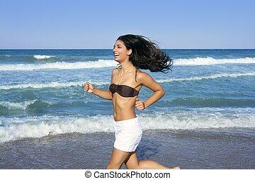 meisje, brunette, springt, zomer, strand, mooi