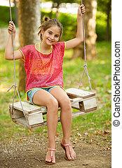 meisje, buiten, park, jonge, het slingeren