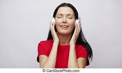 meisje, headphones, het zingen, vrolijke