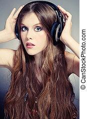 meisje, het luisteren, muziek