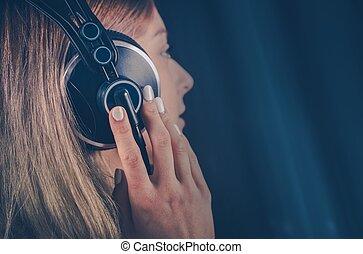 meisje, muziek luisteren