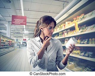 meisje, onzeker, op, supermarkt