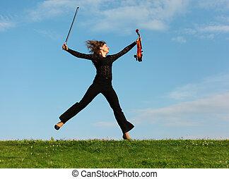 meisje, springt, hemel, viool, tegen, gras