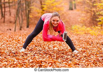 meisje, stretching, outdoor., passen