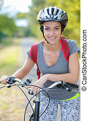 meisje, vrolijke , fiets, natuur