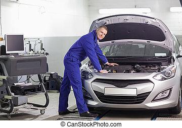 mekaniker, benägenhet på, en, bil motor