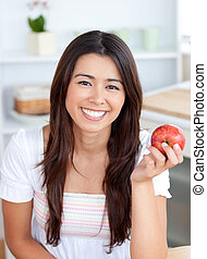 mela, bello, sorridente, macchina fotografica, donna mangia