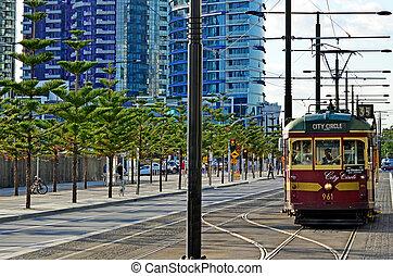 Melbourne City Circle Tram - MELBOURNE, AUS - APR 14 2014: W...
