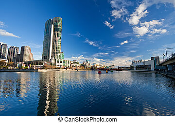Melbourne, Skyscrapers on Yarra River