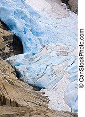 Melkevollbreen Glacier