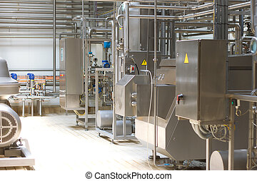 melkinrichting, plant., conveyor, met, melk, bottles.