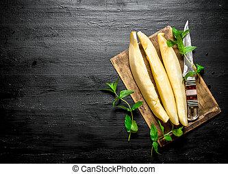 melon coupé tranches, mint., mûre, frais
