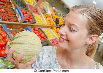 melon, kobieta dzierżawa