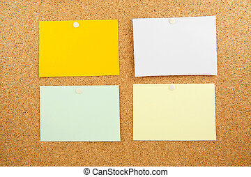 Memobord with empty colored post-it