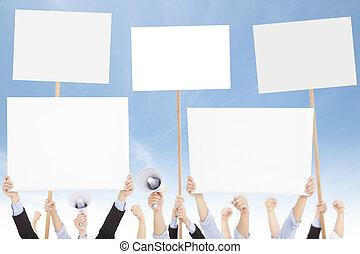 menigten, van, mensen, protested, tegen, sociaal, of, politiek, uitgeven