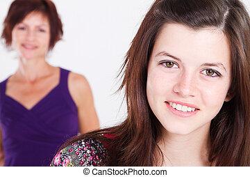 menina adolescente, e, meio envelheceu, mãe