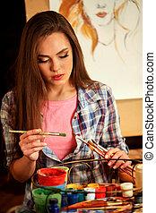menina, artista, tintas, com, quadro, escova