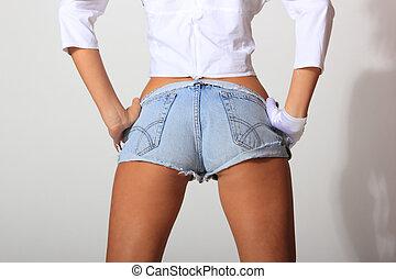 menina, calças brim, shorts