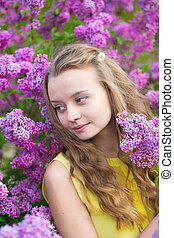 menina, com, bonito, florescer, lilás
