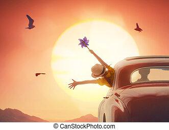 menina, desfrutando, viagem estrada