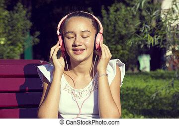 menina, escutar música, ligado, fones