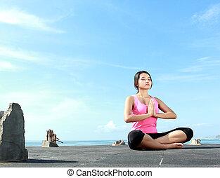 menina, fazendo, meditação, em, a, manhã