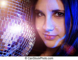 menina jovem, com, bola disco