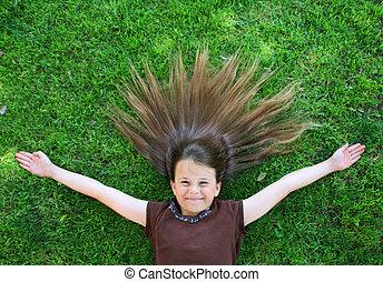 menina jovem, com, cabelo, spre