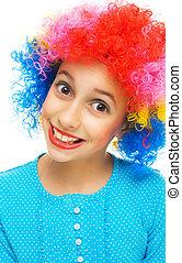 menina jovem, com, coloridos, partido, peruca